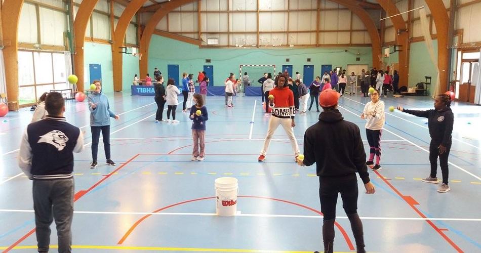 Sport-Adapté : du baseball pour une cinquantaine de filles !