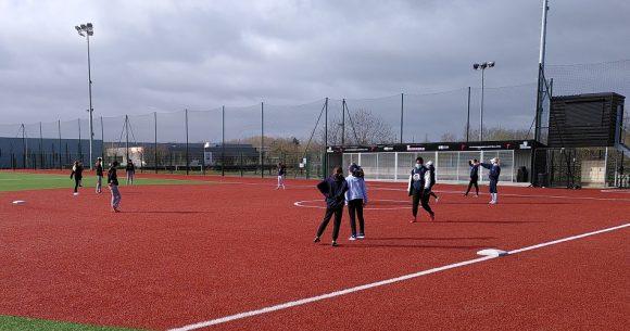 Création de l'équipe de l'Essonne de softball féminine jeune
